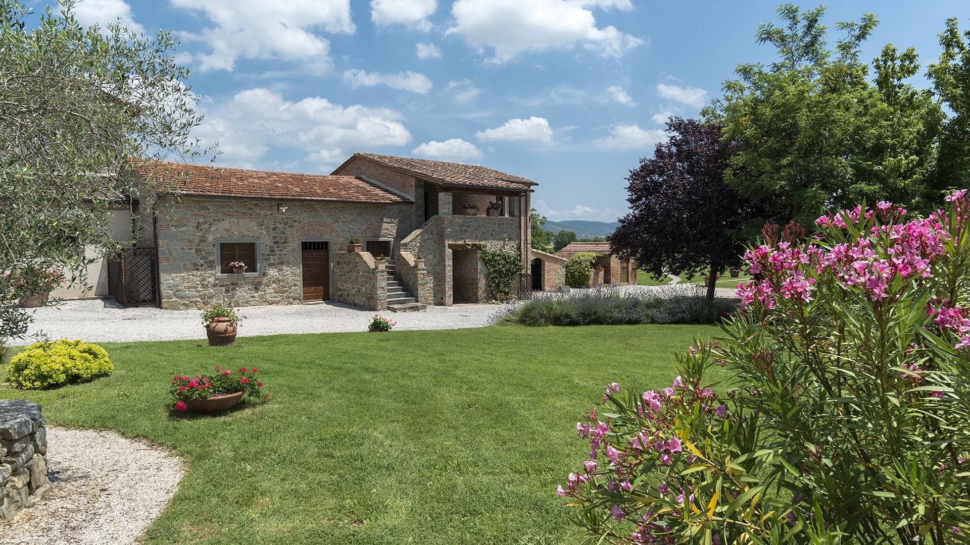Italy independent villa rental Cortona Tuscany Umbria villa for ...